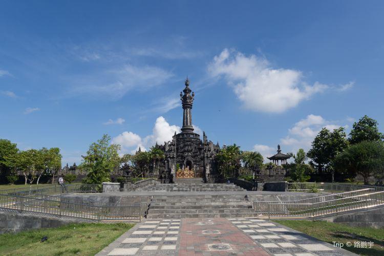 Bajra Sandhi Monument2