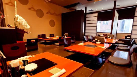 Chicken Dining Tsuki no Odori