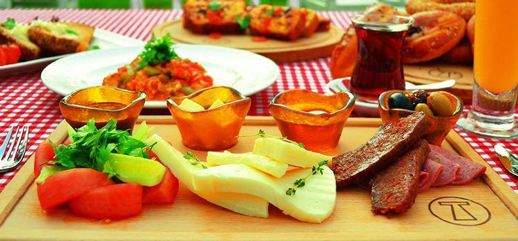 Kaftan Turkish Cuisine & Fine Art1