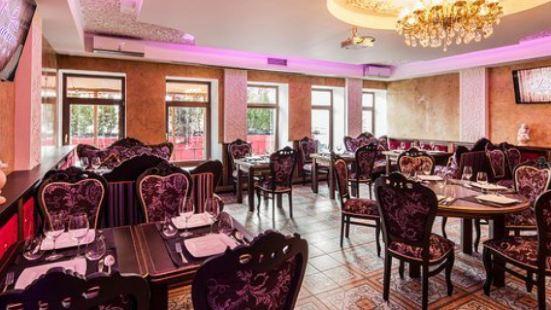 Gambit Karaoke Restaurant