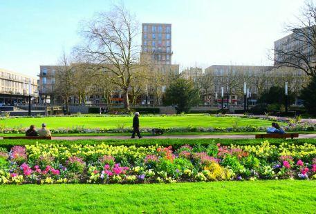 Le Square Saint-Roch