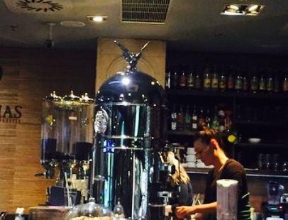 Cafe Dias
