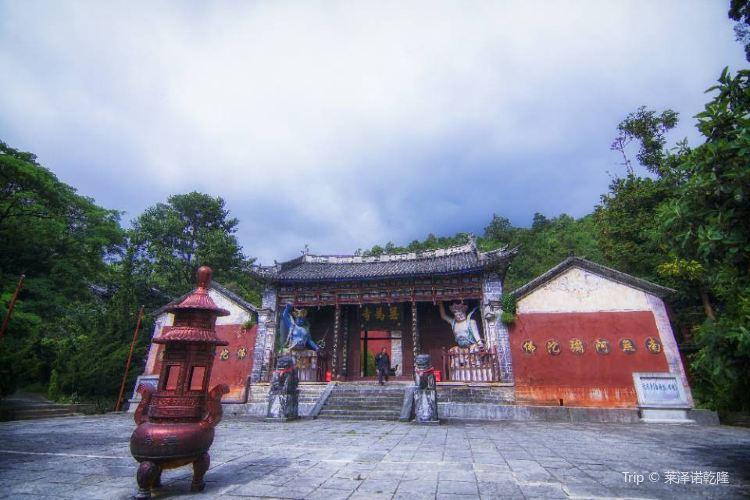Wuwei Temple4