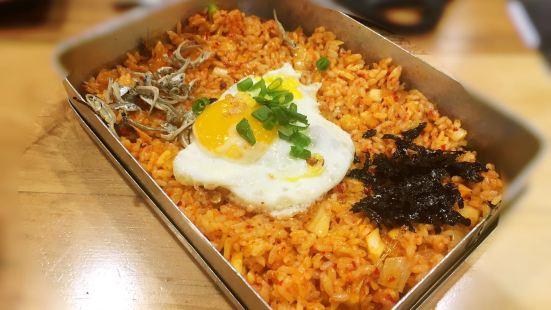 味家烤肉·活鰻魚·牛排(琿春南路店)