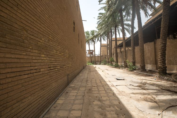 Abbasid Palace1
