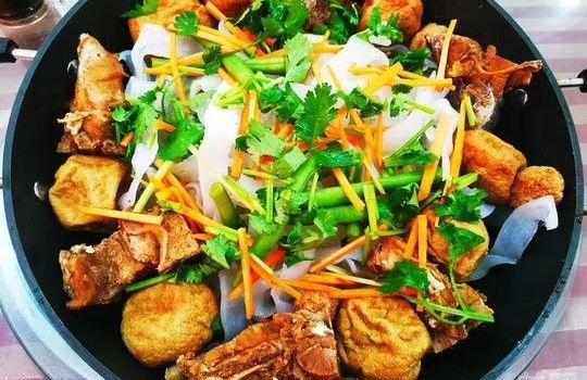 永紅鐵鍋店(地方特色鐵鍋燉菜)1