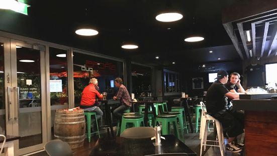 Stacks Pub