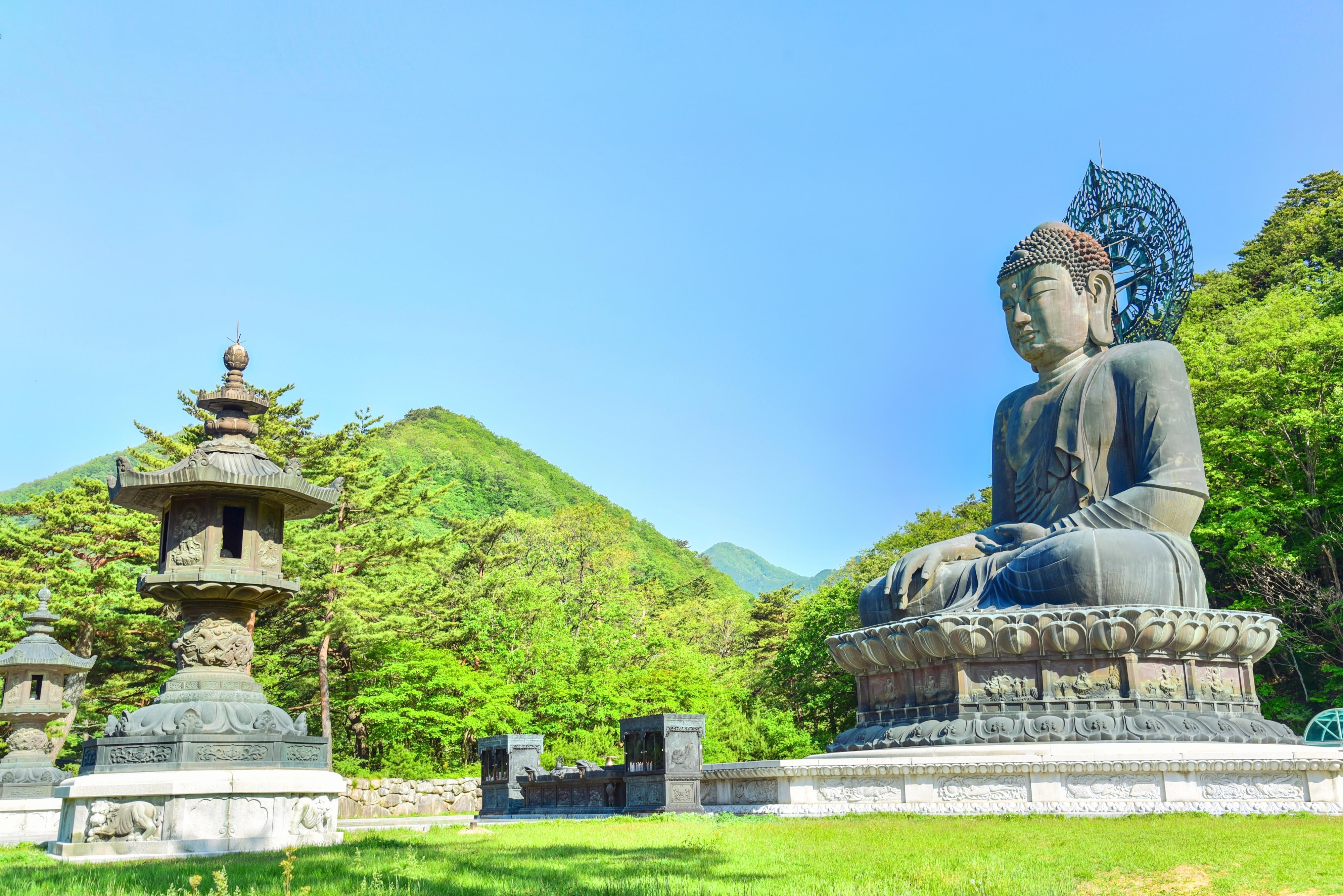 Sinheungsa Temple