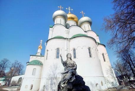 新聖女修道院