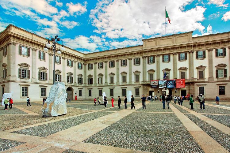那不勒斯皇宮