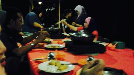 1 Malaysia Steamboat & Seafood Restaurant