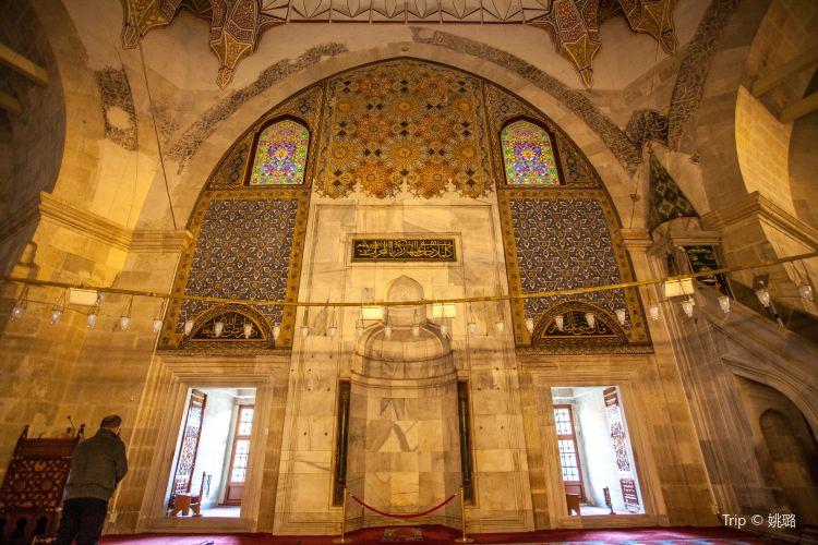 Three-Balcony Mosque2
