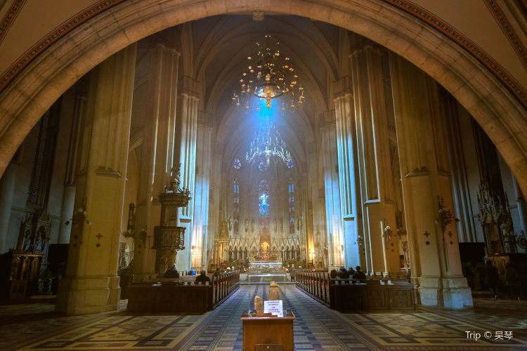 Zagreb Cathedral4