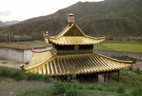 De'erlong Temple
