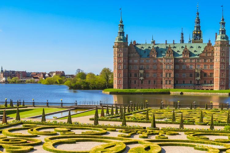 Frederiksborg Slot Hillerod2