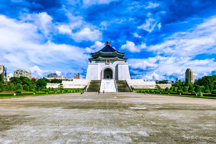 Chiang Kai-shek Memorial Hall2