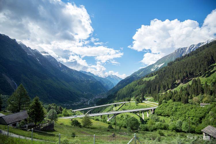 Albula-Bernina express, RhB2