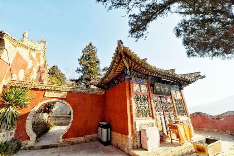 Taishanmiao4