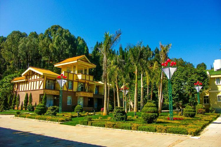 Fuxian Lake Scenic Area4