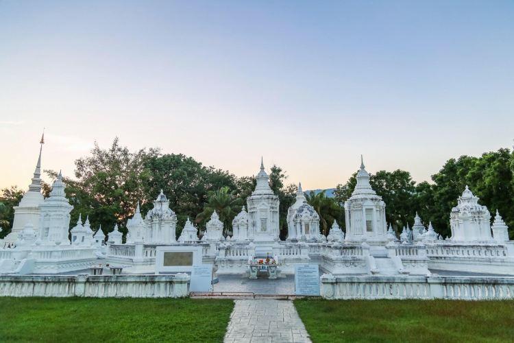 Wat Suan Dok3