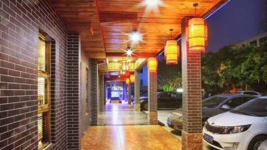 陽東雨亨美食城