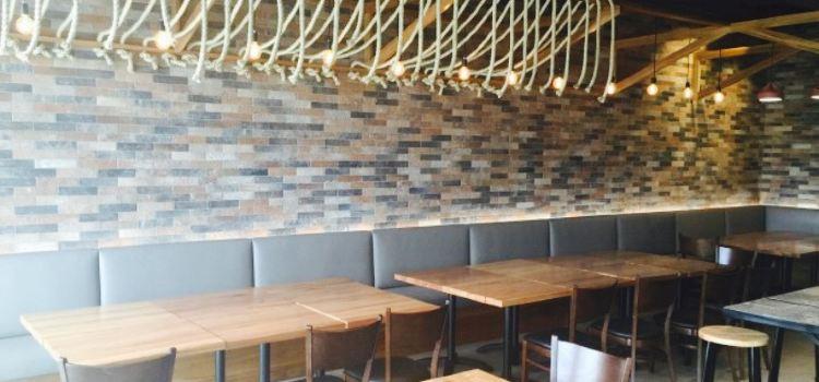 Chaki Chaki Japanese Restaurant & Bar2