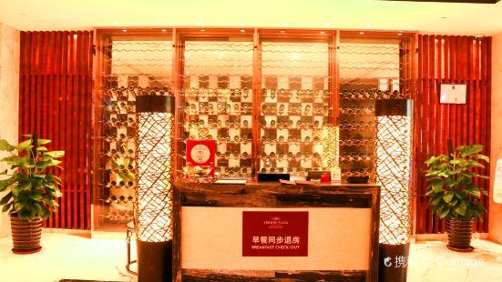 三亞中心皇冠假日酒店藍岸咖啡廳自助