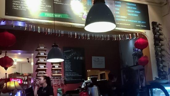 Puku Cafe and Sports Bar