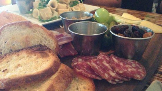 The Grove Wine Bar & Kitchen - Lakeway