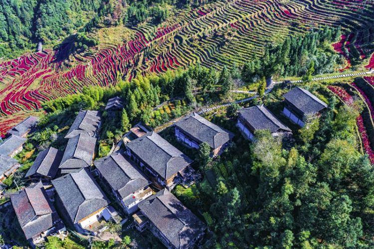Buni Titian Jia Wu Waterfall Sceneic Area1