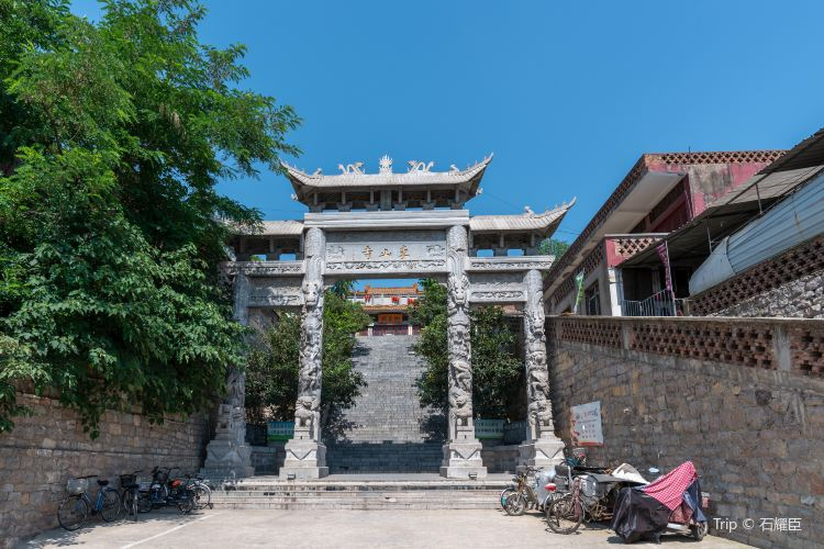 Dongshan Temple1