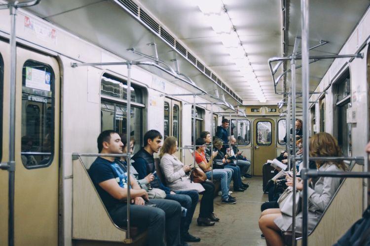 Mayakovskaya metro station3