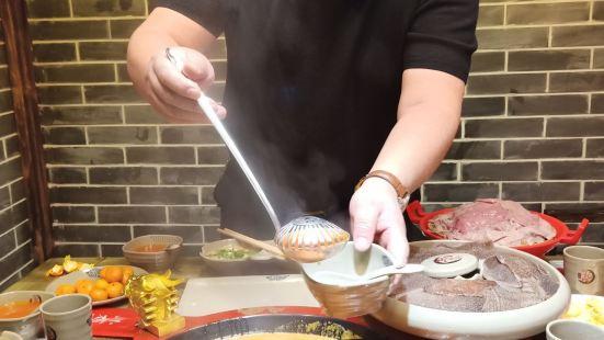小龍坎老火鍋(長風街店)