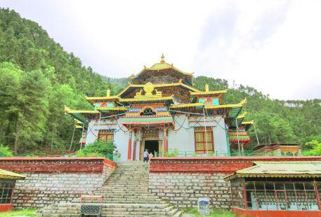 Lamalin Temple of Bujiu