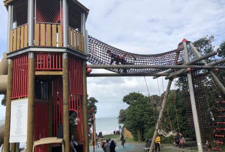 Takapuna Beach Reserve Playground