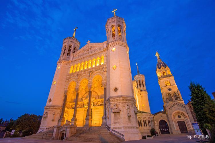 富爾維耶聖母教堂1