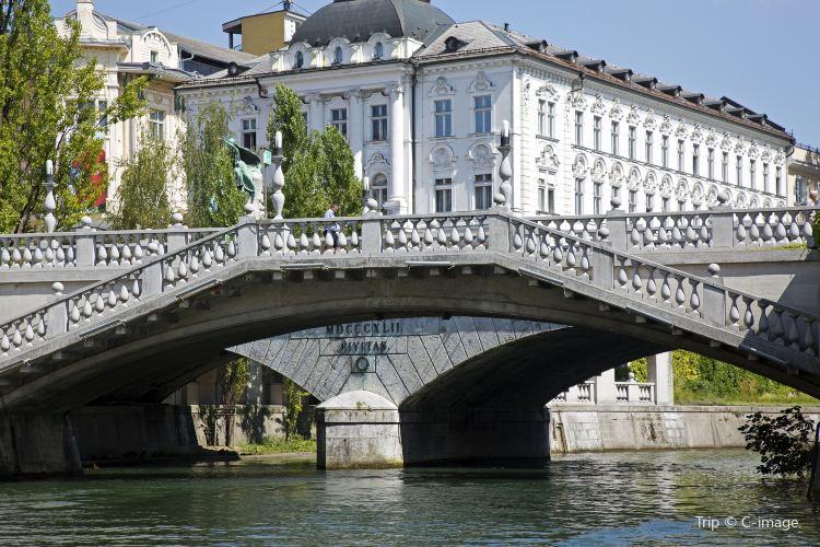 Triple Bridge4