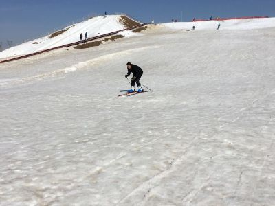 三盛公滑雪場