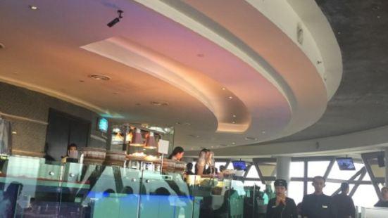 吉隆坡塔旋轉餐廳