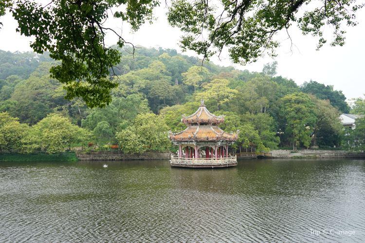 West Lake Park1