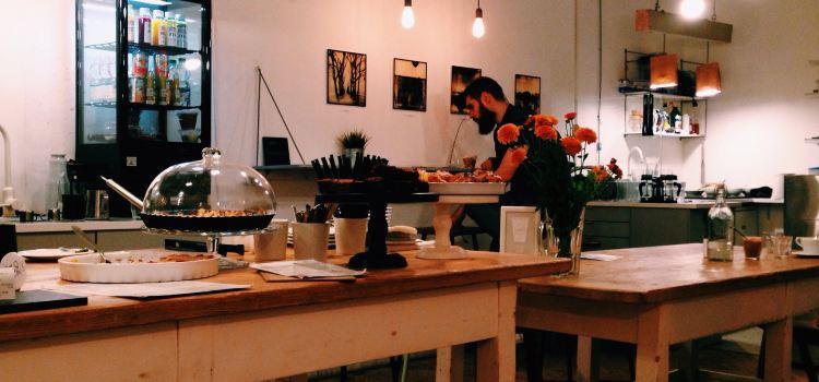 Fekete Kávézó - espresso, brew and food1