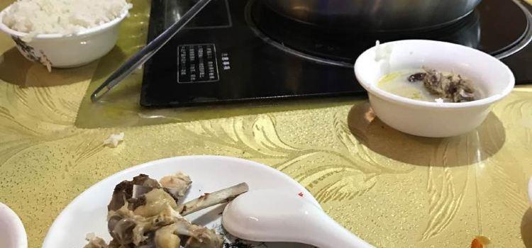 海南第一家炳霖豬肚包雞(潮立方店)