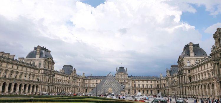 星巴克(Carrousel du Louvre)1