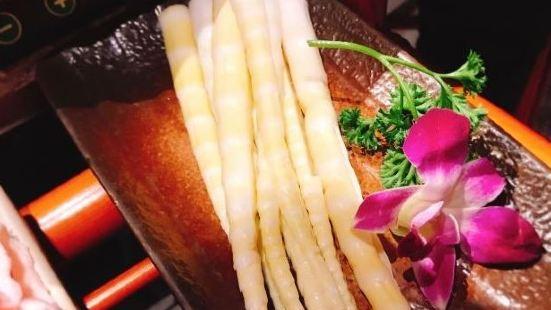 東巴人魚豆花火鍋(東盛大街店)
