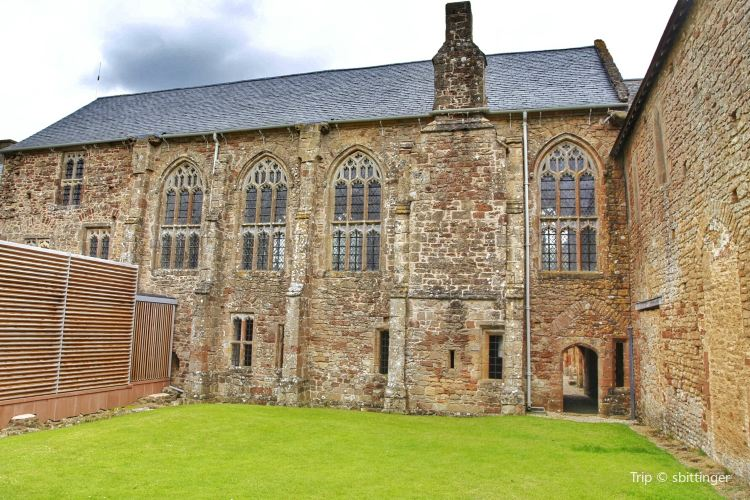 Cleeve Abbey2