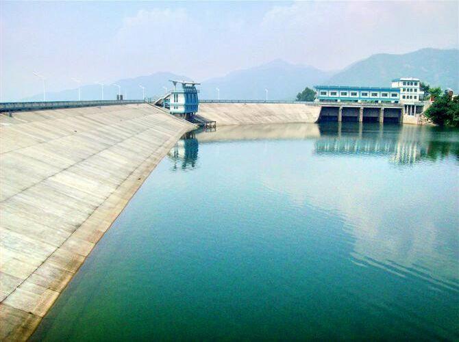 Jiulong Lake
