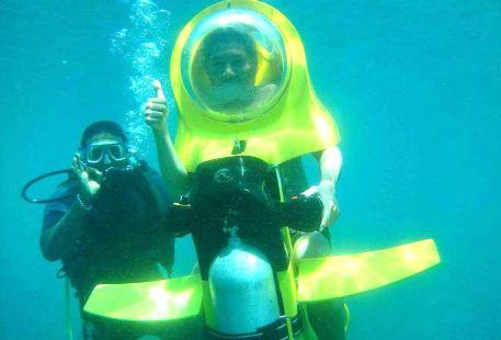 Waikiki beach Underwater Motorbike Tour