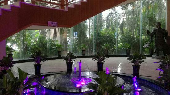 金蓮花荷泰海景酒店小食堂