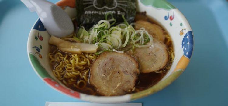 Asahiyama Zoo Seal House Fast Food1