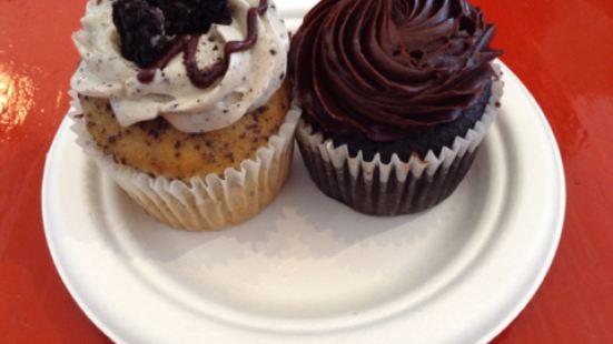 Cup & Cake Café